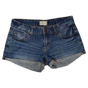 Aeropostale Size 5/6 Cuffed Distressed Jean Short